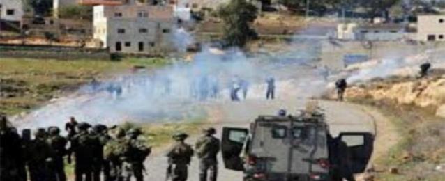 """إصابة العشرات بحالات اختناق خلال اقتحام الاحتلال قرية """"زبوبا"""" غرب جنين"""