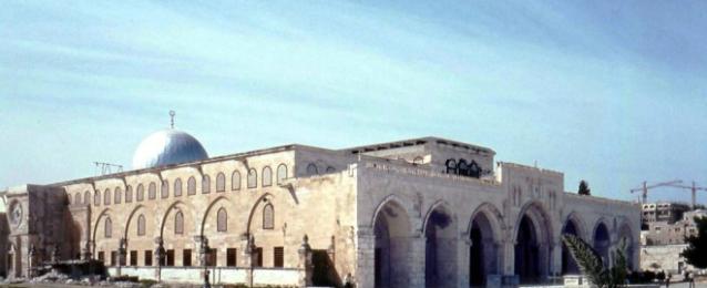 """نائب رئيس الكنيست يقتحم """"الأقصى"""" وقوات الاحتلال تمنع دخول المصلين"""