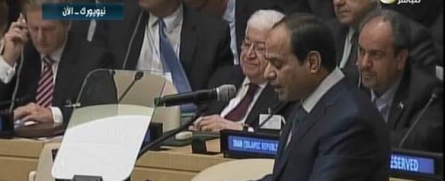 السيسي: الدول العربية تعاني من الاثار الناجمة عن المتغيرات المناخية