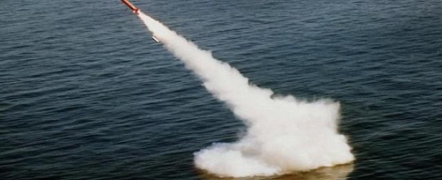 كوريا الشمالية تطور نظام إطلاق عمودي لصواريخ باليستية من الغواصات