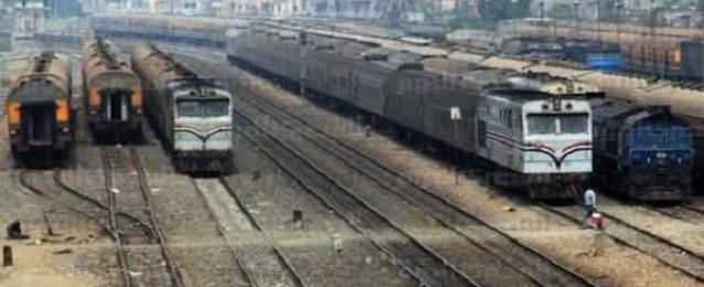 عودة حركة القطارات بطوخ بعد قيام مجهولين بإشعال النيران فى اطارات سيارات