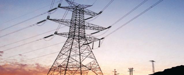 محافظ السويس: عودة 80 % من التيار الكهربائى الي المحافظة