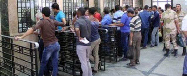 """وزير النقل: اجراءات لمنع بيع تذاكر قطارات العيد في """"السوق السوداء"""" وتخصيص أرقام للشكاوى"""