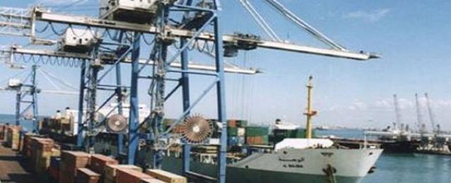 وصول شحنة فحم من روسيا إلى ميناء الإسكندرية