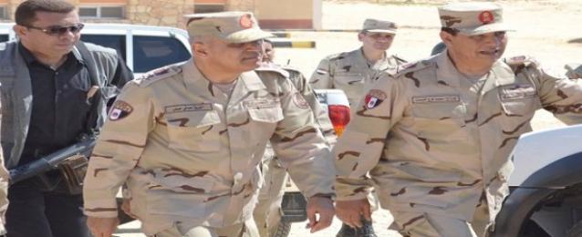 الجيش الثالث يوزع لحوم الأضحية على أهالى جنوب سيناء