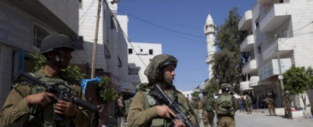 سؤولون: إحراق مسجد في الضفة الغربية