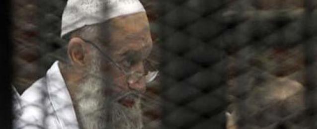 تأجيل محاكمة الظواهري لجلسة الغد ونقل متهم للمستشفى