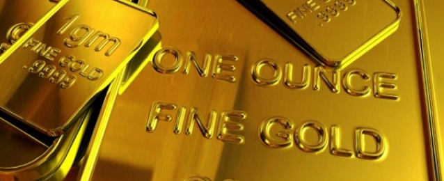 الذهب يقفز لليوم الثالث بفضل تراجع الدولار ومخاوف بشأن اليونان