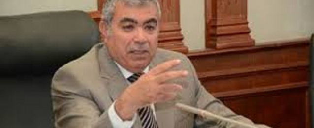 محافظ الإسكندرية: حكومة محلب تعمل على تحقيق الاستقرار الاقتصادي
