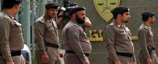 """السعودية تعتقل 7 سعوديين وسوريين لصلتهم بهجوم """"عرعر"""" الانتحاري"""