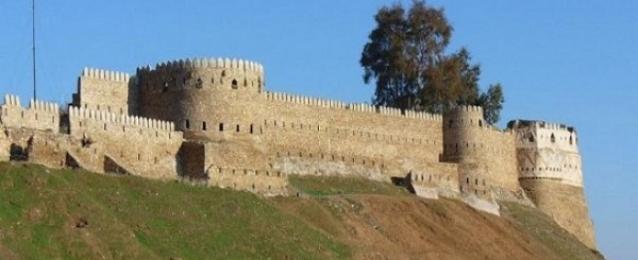 """تنظيم """"داعش"""" يفجر قلعة تلعفر التاريخية بالعراق"""
