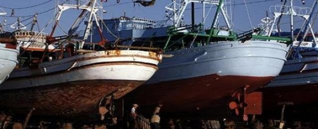 مصدر دبلوماسي: عودة 300 صياد مصري بعد خروجهم من مدينة مصراتة الليبية