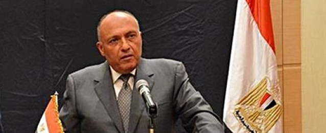 وزير الخارجية يبحث مع نظيره السعودي سبل تعزيز التعاون بين البلدين