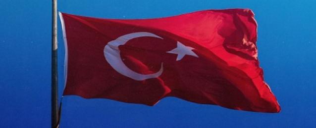 إصابة مرشح الحزب الحاكم في تركيا جراء طعنه في موكبه الانتخابي