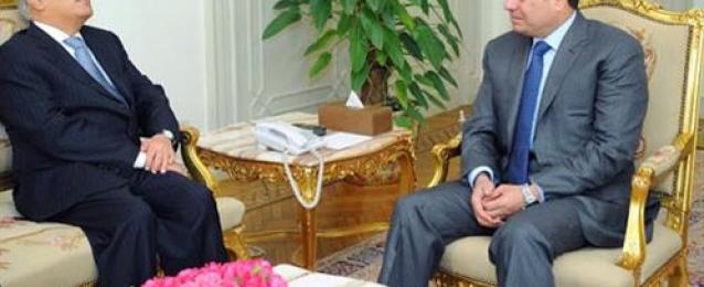 الرئيس عبد الفتاح السيسي يستقبل المبعوث الشخصى للرئيس اليمنى ويستعرضان آخر المستجدات على الساحة اليمنية