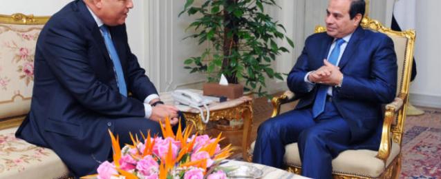 الرئيس السيسى يجتمع اليوم بوزيرى البيئة والخارجية ومهاب مميش