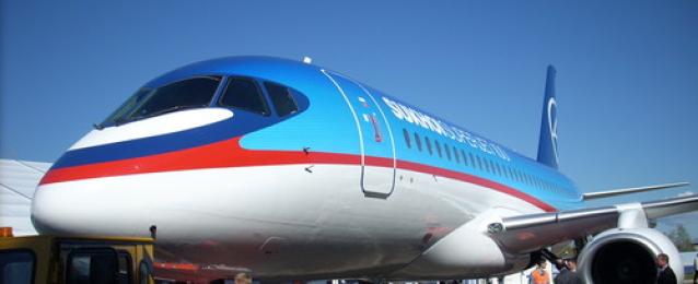 """شركة روسية إيطالية تجرى مفاوضات لبيع طائرات """"سوبر جيت"""" مدنية لمصر للطيران"""
