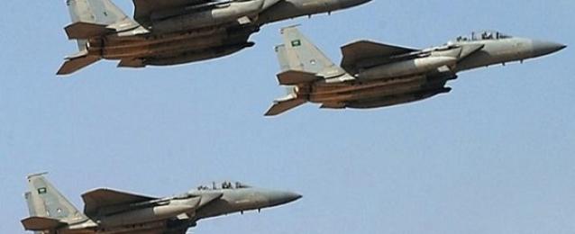 قوات التحالف تقصف مواقع للحوثيين وقوات صالح بصنعاء جواً وبحراً