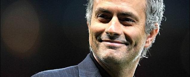 مورينيو يفوز بجائزة أفضل مدير فني في الدوري الإنجليزي