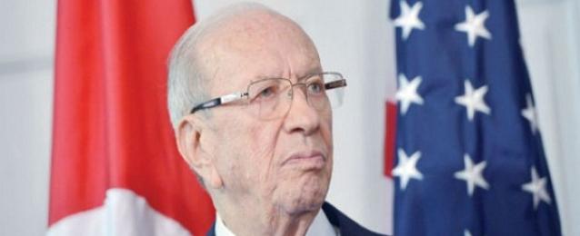 وزير الدفاع الأمريكي يبحث مع السبسي الوضع الأمني في تونس