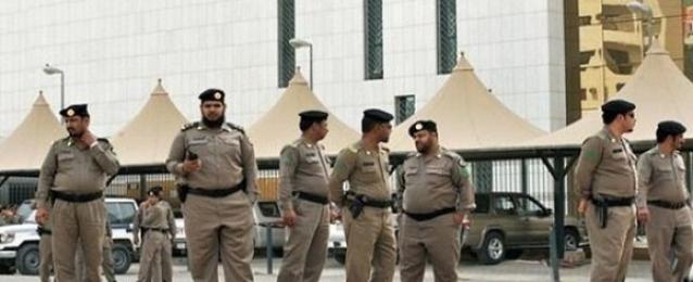 20 قتيلا في انفجار استهدف مسجدا للشيعة بالسعودية