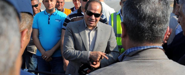 بالصور :الرئيس عبدالفتاح السيسي يتفقد أعمال تطوير عدد من المشروعات.