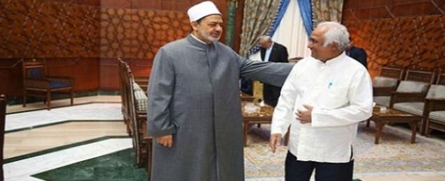 الإمام الأكبر في لقائه بمفتي ميانمار: ما يحدث بحق المسلمين في بورما عار في جبين الإنسانية