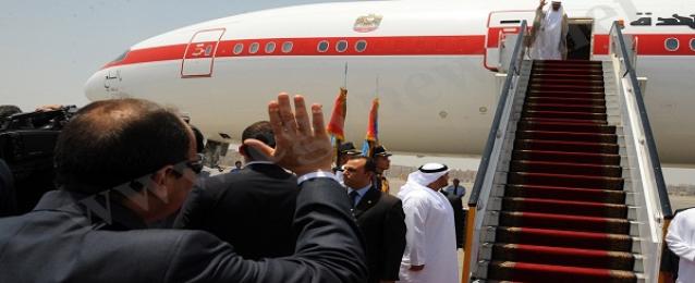 الرئيس يودع ولي عهد أبو ظبي بعد زيارة قصيرة للقاهرة