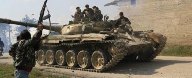 المرصد السوري: المعارضة تسيطر على مناطق جديدة وتقترب من مسقط رأس الأسد