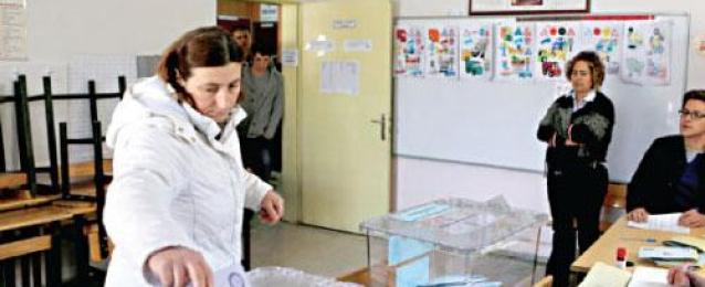 إغلاق مكاتب الاقتراع في تركيا في انتخابات مفصلية لطموح أردوغان