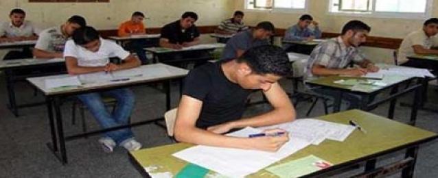 بدء امتحان اللغة العربية لطلاب الثانوية العامة «نظام حديث»