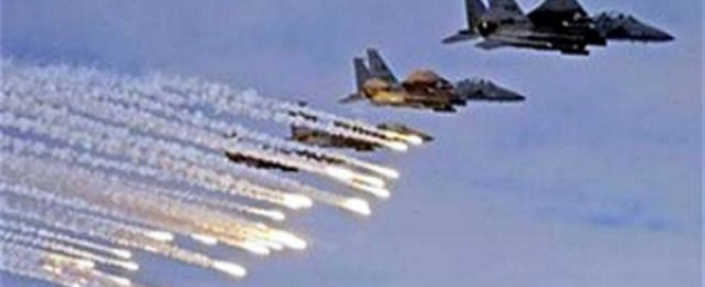قصف مكثف لطائرات التحالف على مكتب نجل الرئيس اليمنى السابق بصنعاء