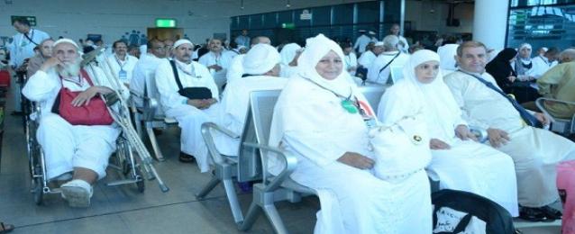 بدء رحلات الحج ومصر للطيران تنقل 23327 حاجاً على متن 107 رحلة جوية