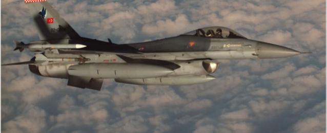 الطائرات التركية تقصف مواقع لحزب العمال الكردستاني بشمال العراق