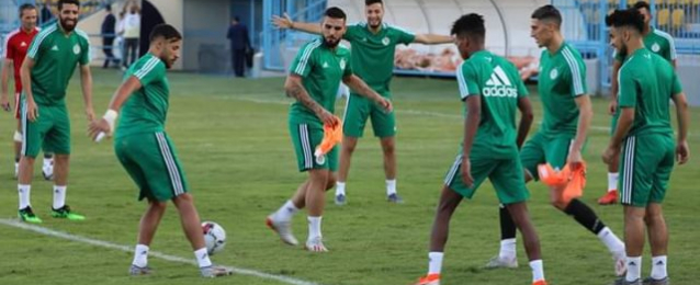 بعد قليل..انطلاق مواجهة الجزائر وكوت ديفوار في امم افريقيا