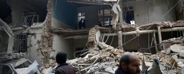 إصابة 3 سوريين جراء قصف لمجموعات مسلحة في حلب