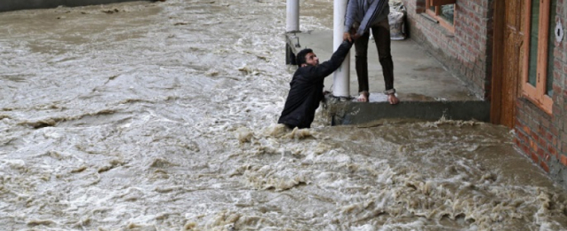 إجلاء مئات الأشخاص بسبب الفيضانات فى نيوزيلندا
