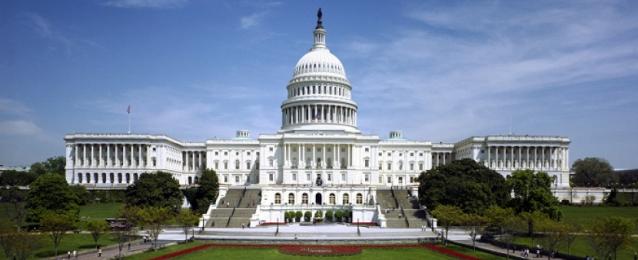 """اتفاق أمريكي على حزمة تحفيز """"هائلة"""" لمواجهة آثار كورونا"""