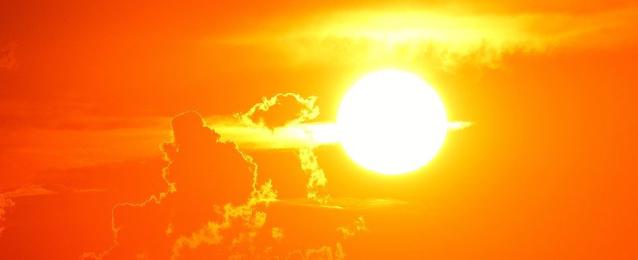 ارتفاع الحرارة والرطوبة يبطئ من تفشي كورونا .. ولكن