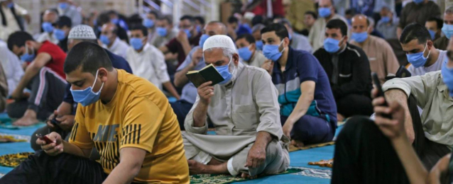 السعودية والإمارات تقرّران عدم إقامة صلاة عيد الفطر في المساجد