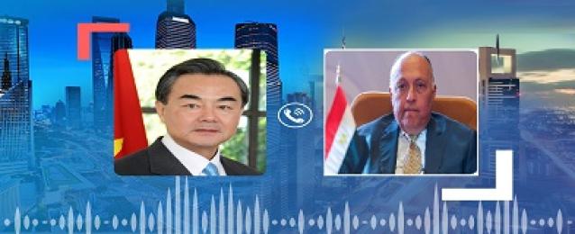 وزير الخارجية يُجري اتصالاً هاتفيًا مع نظيره الصيني