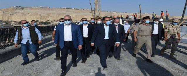 رئيس الوزراء يتفقد المتحف القومي للحضارة المصرية بالفسطاط استعداداً لاستقبال المومياوات الملكية