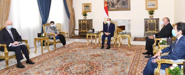 الرئيس عبد الفتاح السيسي : محاولات النَيل من كيانات الدول ومؤسساتها الوطنية في المنطقة تتيح المجال والمساحة أمام خطر الإرهاب للانتشار.