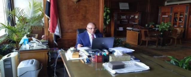 وزير الري يبحث مع بعثة البنك الدولي استكمال برامج التعاون الاقتصادي مع مصر