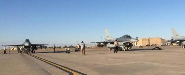 سقوط صواريخ على قاعدة جوية عراقية شمالي بغداد تستضيف متعاقدين أمريكيين