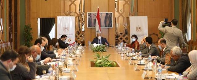 """""""العليا لحقوق الإنسان"""" تتابع تنفيذ تكليفات الرئيس للاستراتيجية الوطنية"""