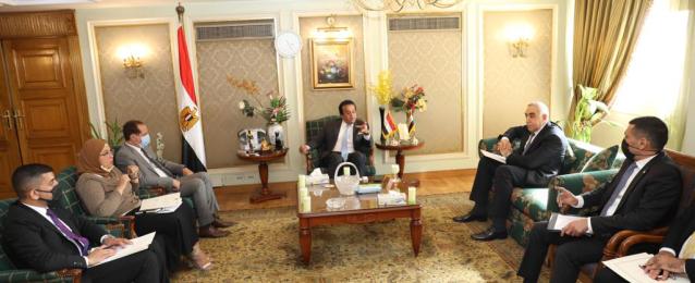 وزيرالتعليم العالي يبحث التعاون مع العراق بالمجالات العلمية والتعليمية