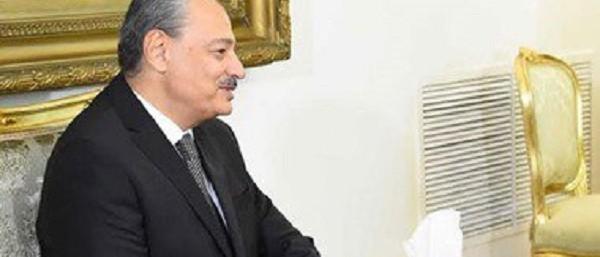 النائب العام يأمر بحبس مستشار وزير الصحة لمدة 4 أيام احتياطيا لاتهامه بتلقي رشوة