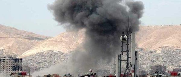 مقتل 18 شخصا في قصف على داعش بالرقة السورية